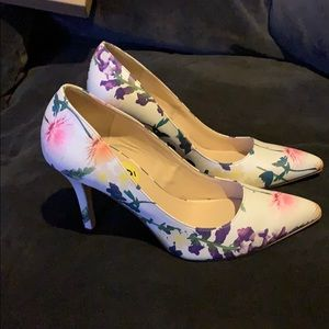Nine West flowers shoes